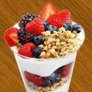 Yogurt_Fruit_Parfaits