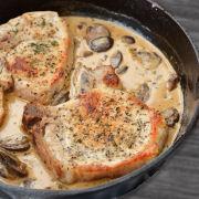 One Pan Pork Chops with a Creamy Sauce